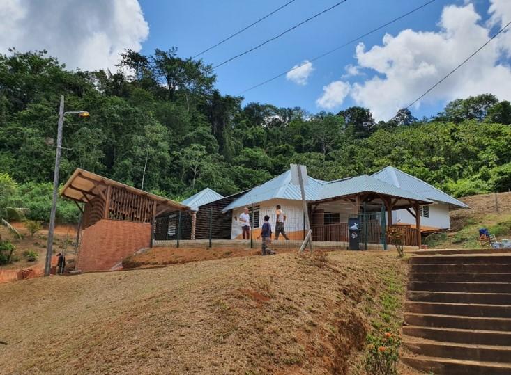 AMO : Réabilitation d'un bâtiment en école